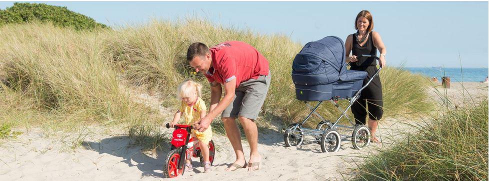 Ta' din Trille barnevogn med p� stranden