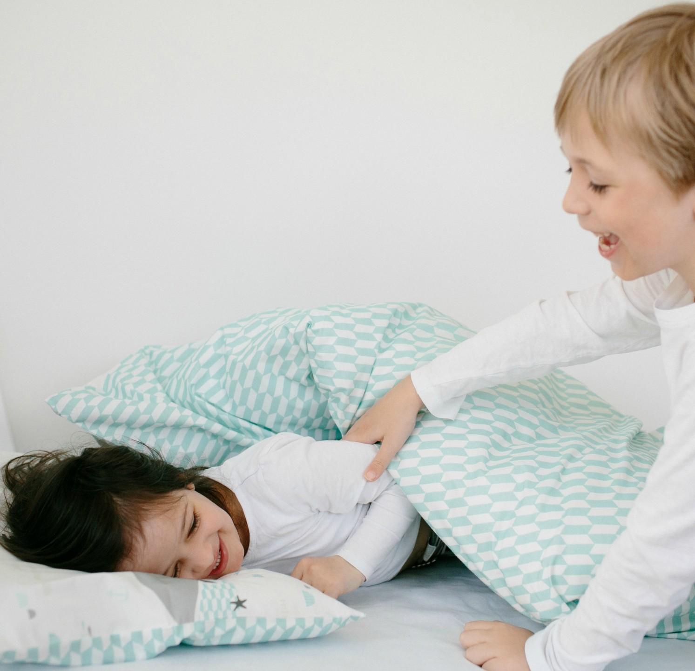millemarille baby bettw sche 70x100cm save the whales baby bettw sche. Black Bedroom Furniture Sets. Home Design Ideas