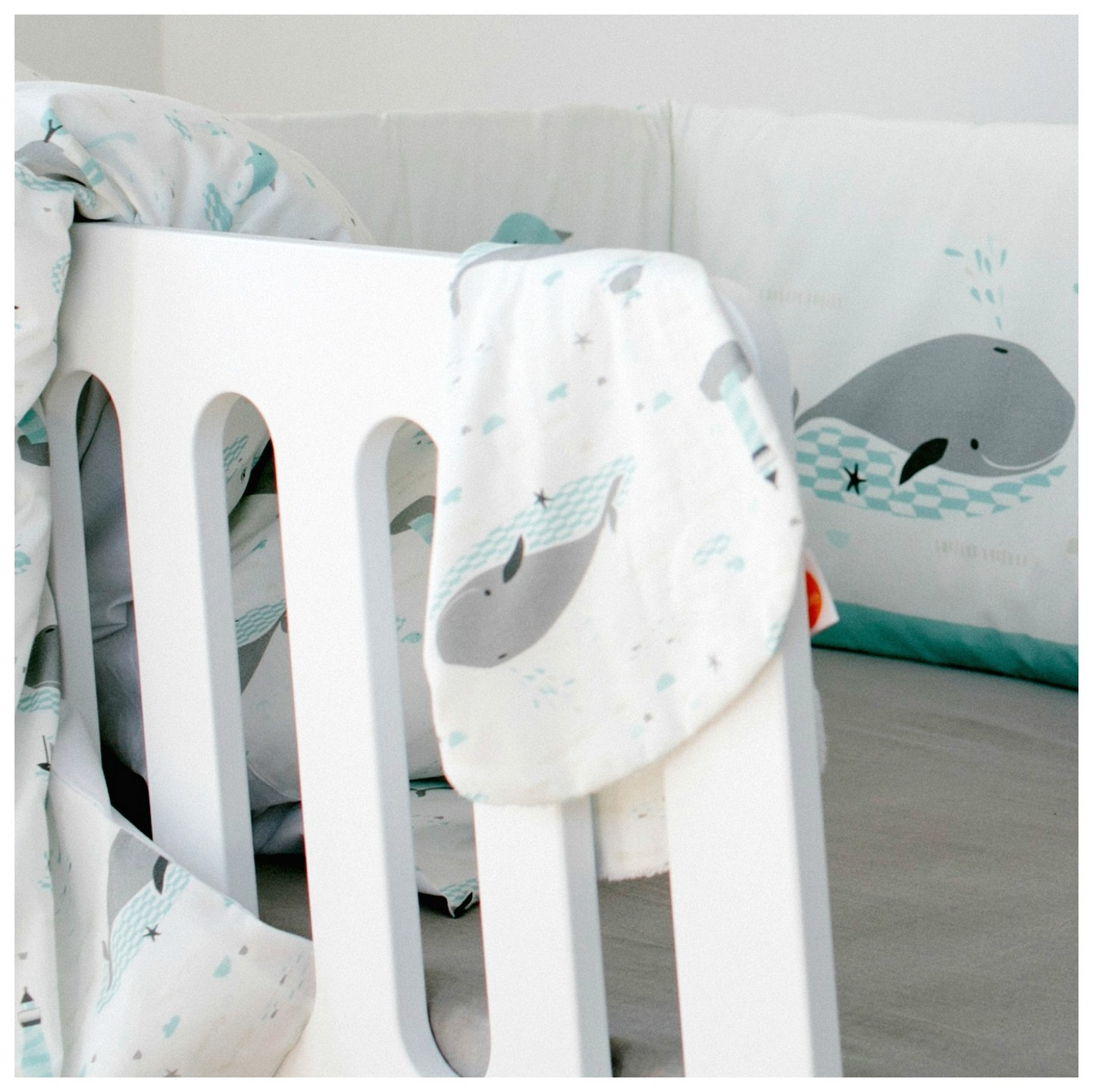 millemarille spucktuch save the whales stoffwindel. Black Bedroom Furniture Sets. Home Design Ideas