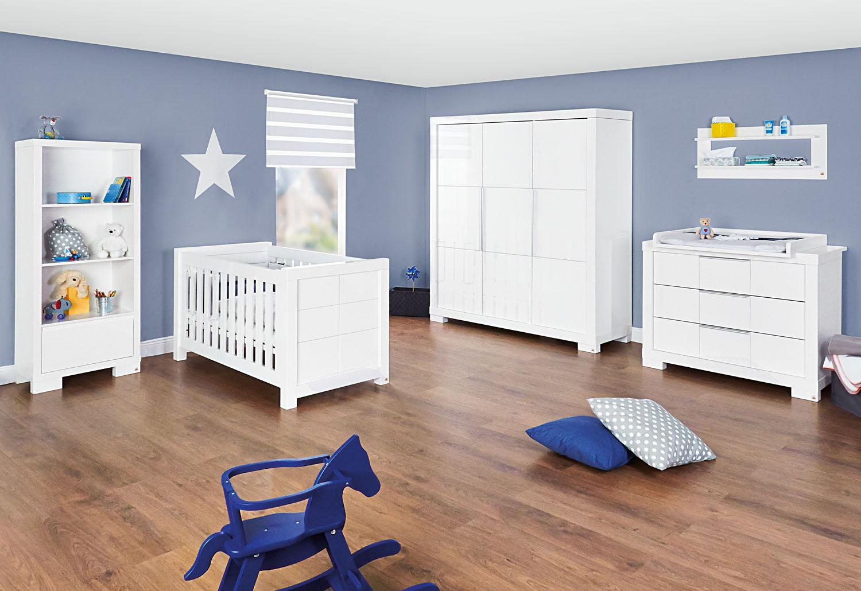 star. Black Bedroom Furniture Sets. Home Design Ideas